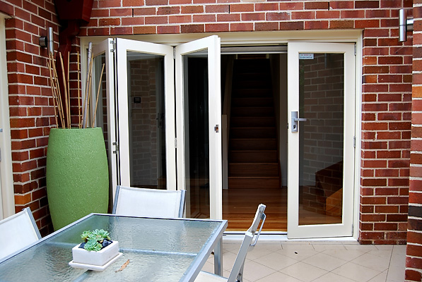 French Pivot Sliding Bi Folding Doors Windows Competitive Pric